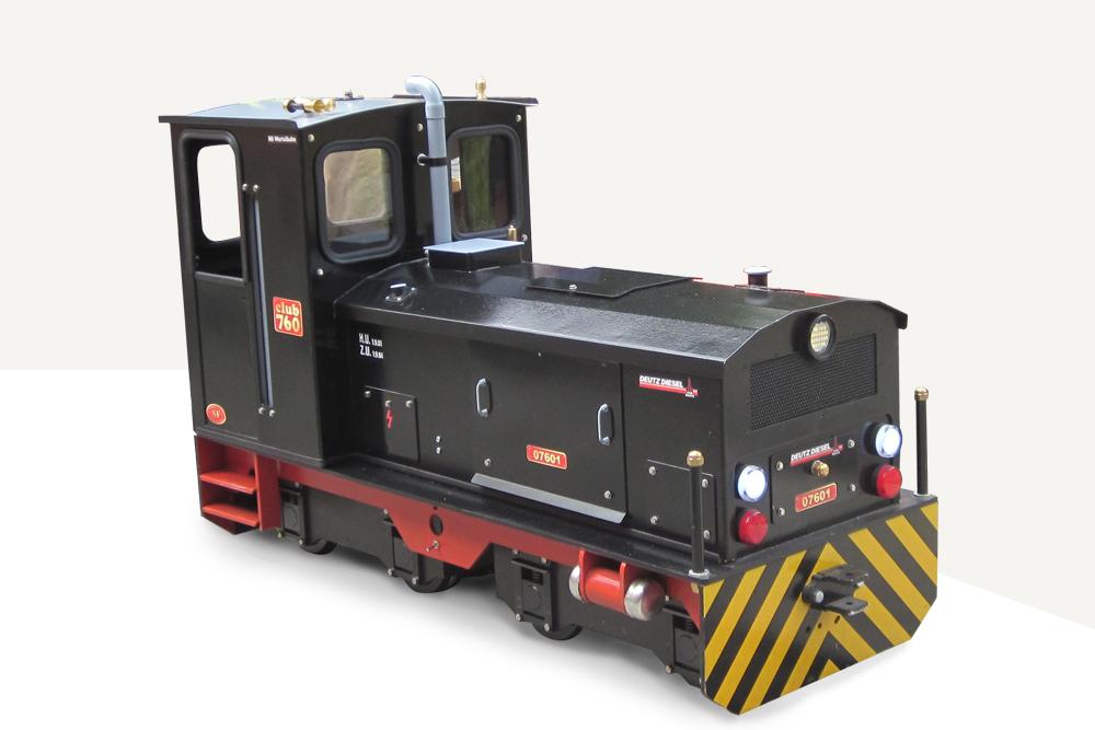 Deutz diesel (CLUB 760). Negro